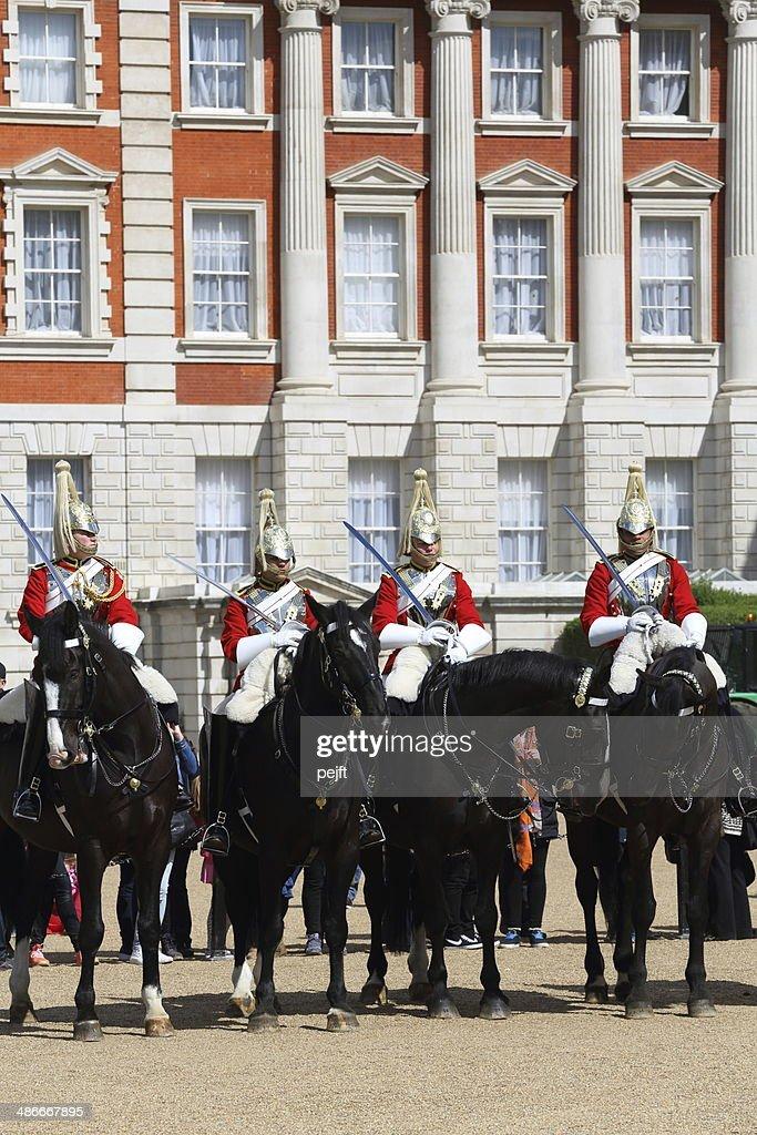 王室騎兵隊-変更の衛兵 : ストックフォト