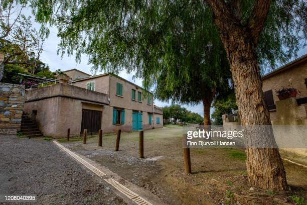 houses and a small plaza in ogliastro - finn bjurvoll stock pictures, royalty-free photos & images