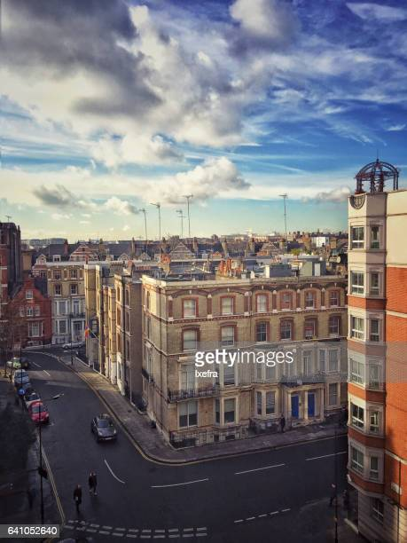 houses at kensington street. - kensington and chelsea stock pictures, royalty-free photos & images