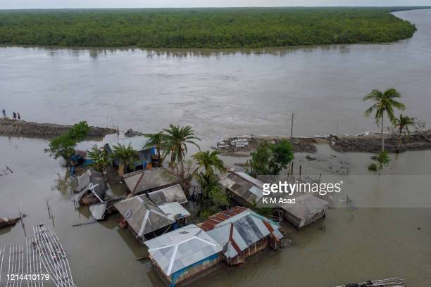 SHATKHIRA KHULNA BANGLADESH Houses flooded with water after the landfall of cyclone Amphan in Satkhira At least 15 people in Bangladesh and 72 people...