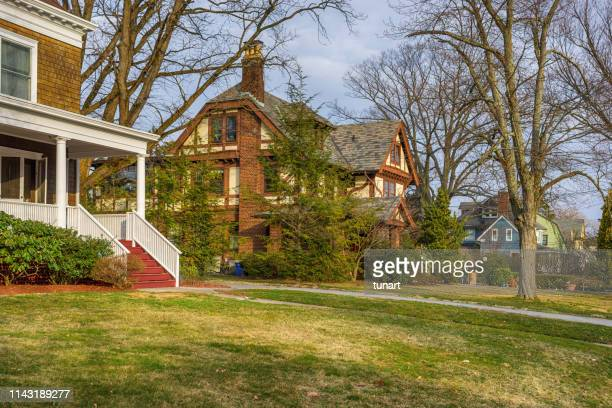 houses in mamaroneck, new york, usa - westchester county stock pictures, royalty-free photos & images