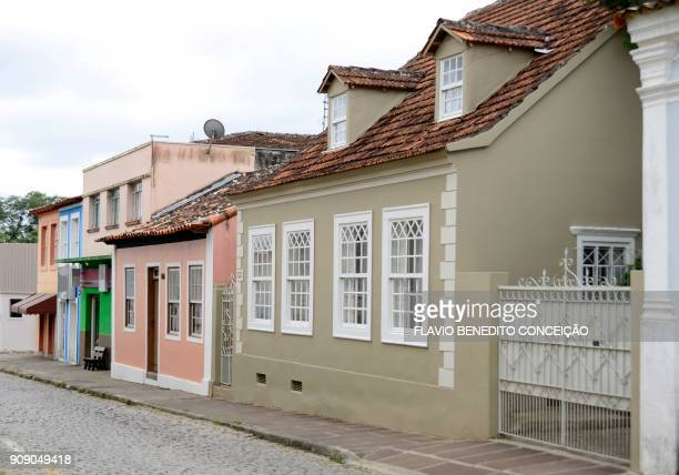 houses old constructions of the nineteenth century in the city of lapa in the state of parana in brazil, historical codade with preservation of architecture and history. - parana state stock pictures, royalty-free photos & images