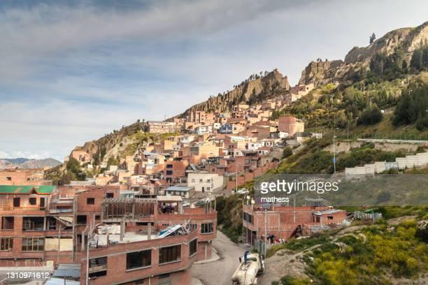 houses steep slope la paz bolivia