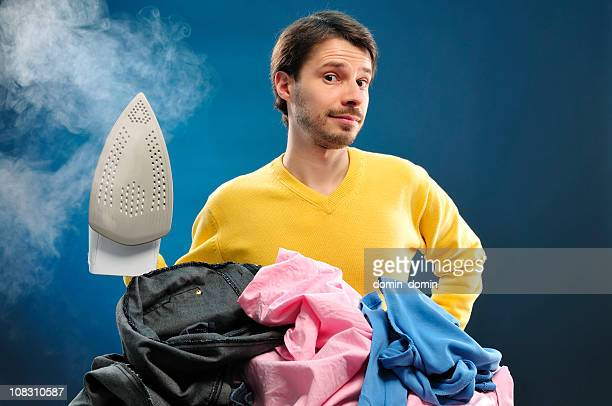 Houseworks 、若い男性、貴族のための衣類のアイロンサービス