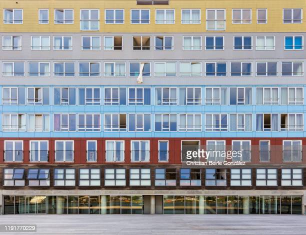 housing block silodam, amsterdam - netherlands - christian beirle stock pictures, royalty-free photos & images