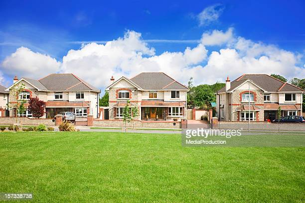 housing estate - grounds stock pictures, royalty-free photos & images