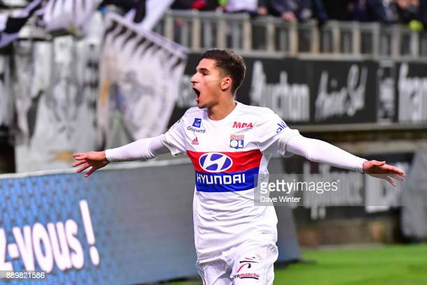 Houssem Aouar of Lyon celebrates after scoring a last second equaliser during the Ligue 1 match between Amiens SC and Olympique Lyonnais at Stade de...