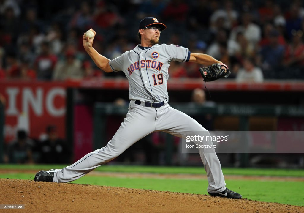Houston Astros pitcher Tyler Clippard (19) in action during the sixth inning of a game against the Los Angeles Angels of Anaheim, on September 13, 2017, played at Angel Stadium of Anaheim in Anaheim, CA.