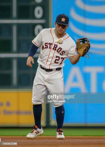 Houston Astros second baseman Jose Altuve warms up during the baseball game between the Detroit Tigers and Houston Astros on July 14 2018 at Minute...