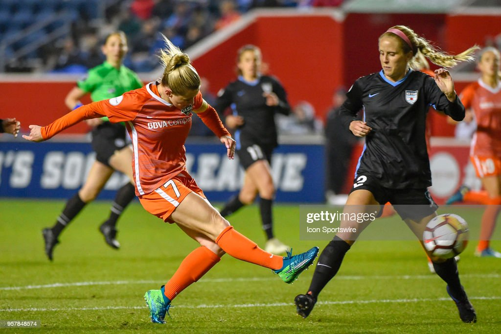 SOCCER: MAY 12 NWSL - Houston Dash at Chicago Red Stars : News Photo
