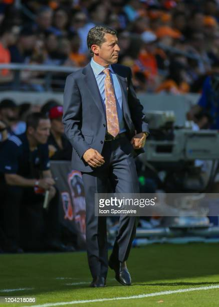 Houston Dynamo head coach Tab Ramos watches the play on the pitch during the MLS match between the Los Angeles Galaxy and Houston Dynamo on February...