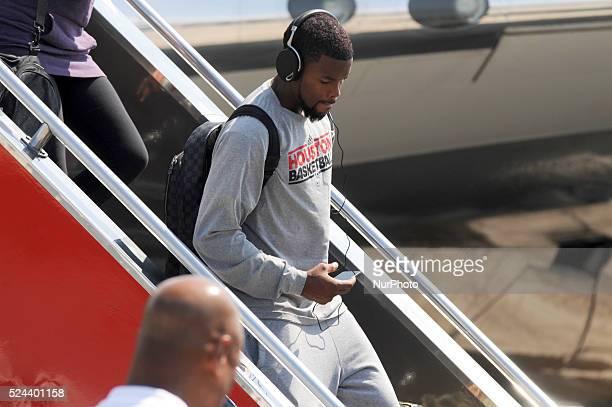 Houston Rockets point guard Aaron Brooks arrives at the Ninoy Aquino International Airport in Manila Philippines October 7 2013 The Houston Rockets...