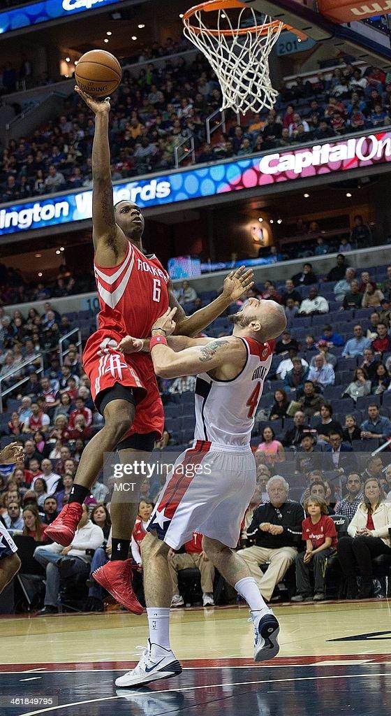 Houston Rockets vs Washington Wizards : News Photo