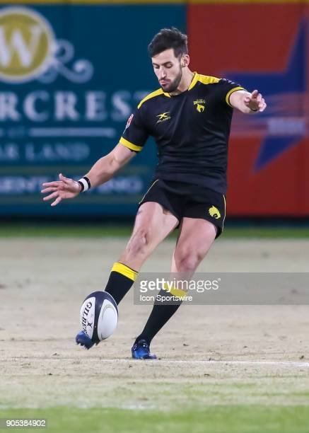 Houston SaberCats flyhalf Sam Windsor kicks for a penalty kick during the rugby match between the Vancouver Ravens and Houston SaberCats on January...