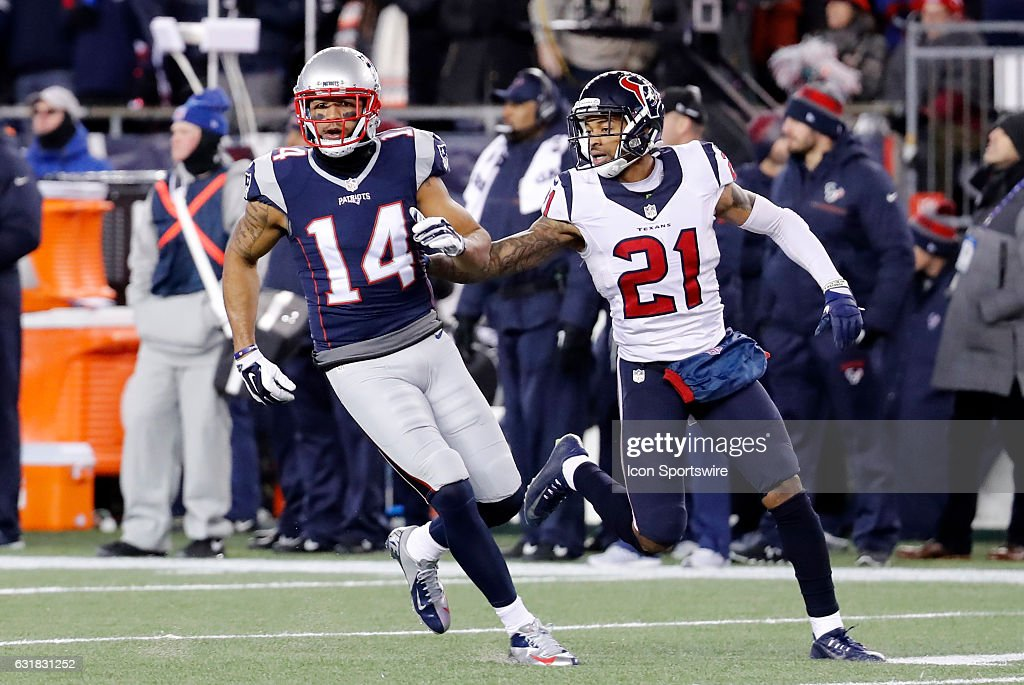 NFL: JAN 14 AFC Divisional Playoff - Texans at Patriots : News Photo