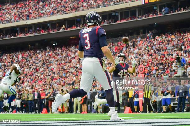 Houston Texans fullback Jay Prosch receives a pass in the flat from Houston Texans quarterback Tom Savage during the football game between the...