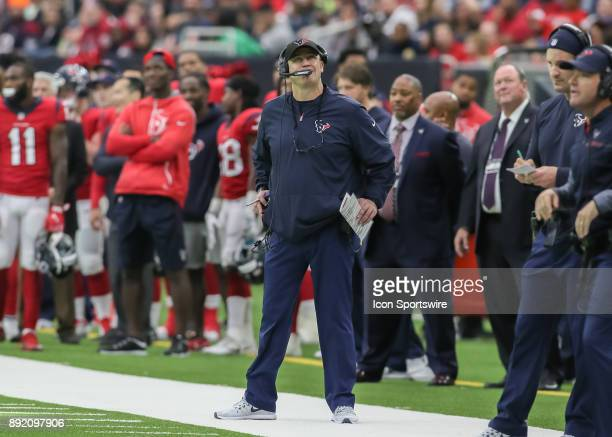 Houston Texans head coach Bill O'Brien looks at the scoreboard during the NFL game between the San Francisco 49ers and Houston Texans on December 10...