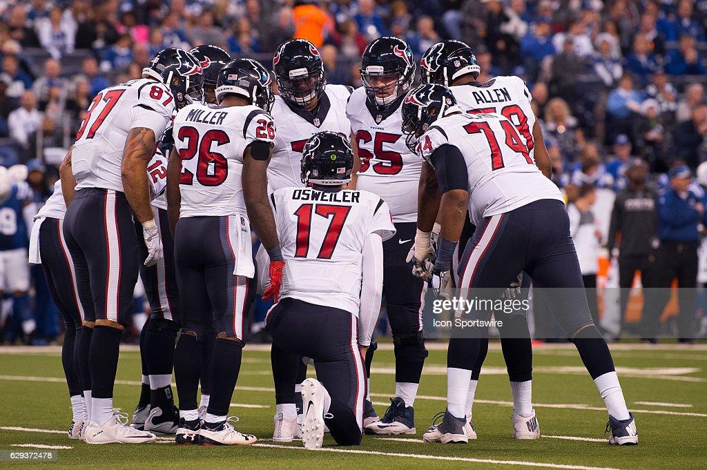 NFL: DEC 11 Texans at Colts : News Photo