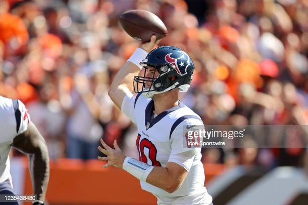 Houston Texans quarterback Davis Mills throws a pass during the third quarter of the the National Football League game between the Houston Texans and...