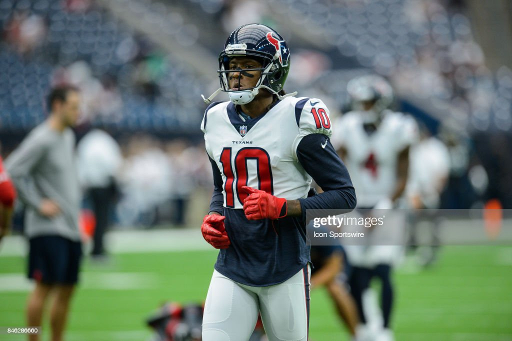 Houston Texans wide receiver DeAndre Hopkins (10) warms up before the NFL game between the Jacksonville Jaguars and the Houston Texans on September 10th, 2017 at NRG Stadium in Houston, TX.