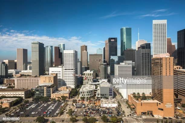 houston texas skyline - houston skyline stock pictures, royalty-free photos & images