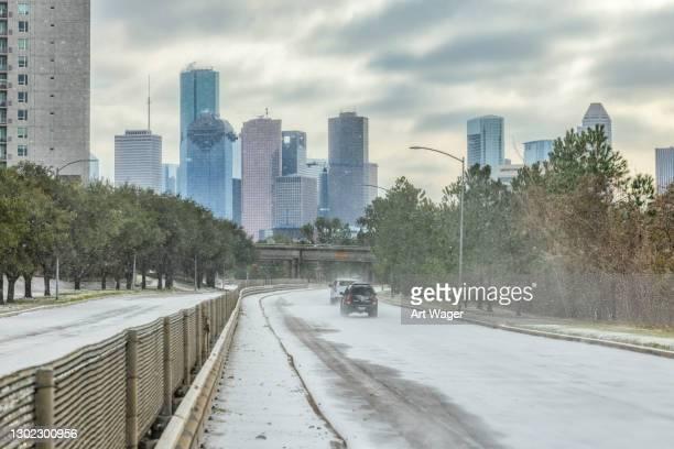 tempête hivernale de houston au texas - houston texas photos et images de collection