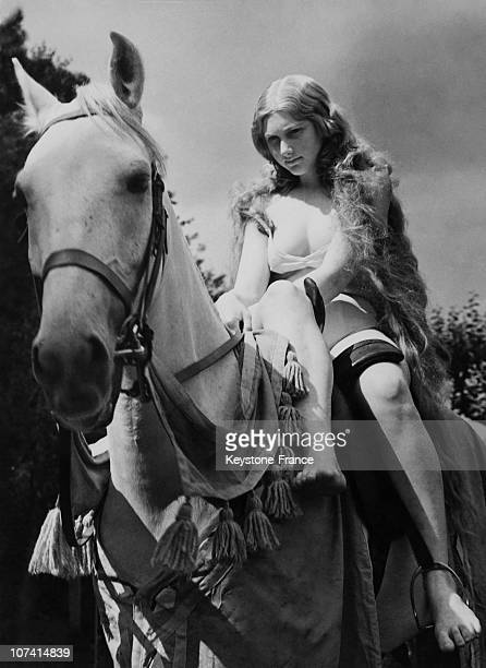 How Much Should Lady Godiva Wear In EnglandUnited Kingdom
