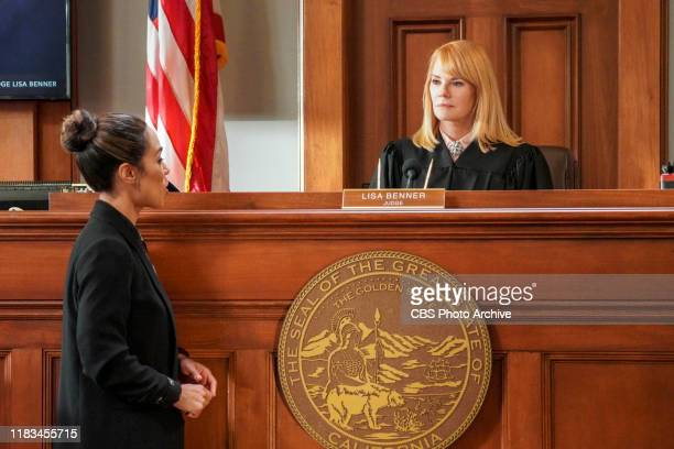 How to Succeed in Law Without Really ReTrying When one of Lola's former murder cases is overturned on appeal Mark helms the retrial and struggles to...