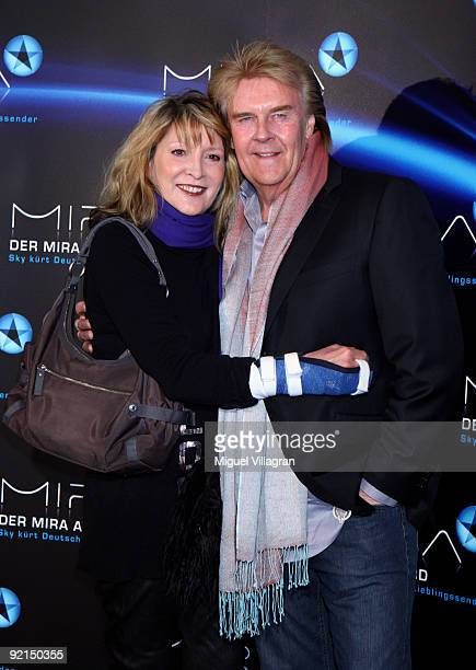 Howard Carpendale and Donnice Pierce attend the Mira Award ceremony on October 21 2009 in Munich Germany