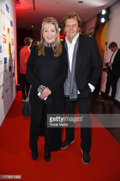 Howard Carpendale and his wife Donnice Pierce attend the 'Helden des Alltags' Gala at Theater Kehrwieder on October 1 2019 in Hamburg Germany