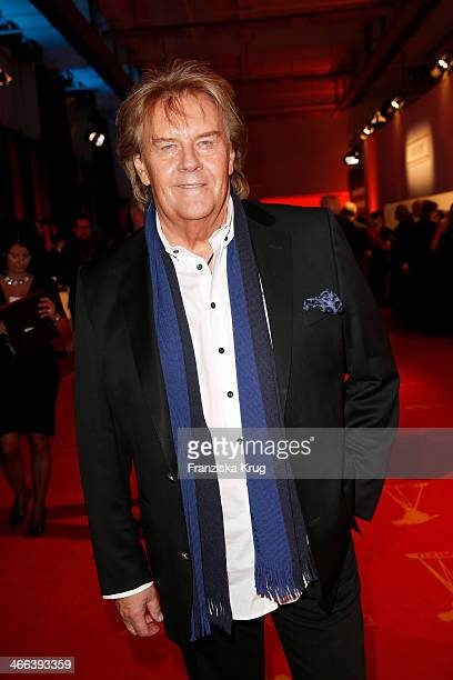 Howard Carpendale attends the Goldene Kamera 2014 at Tempelhof Airport on February 01 2014 in Berlin Germany