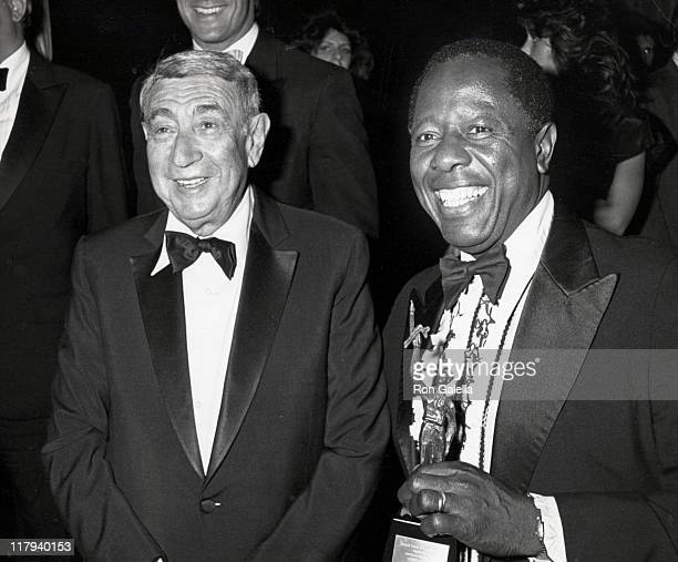 Howard Cosell and Hank Aaron during 11th Annual Sports Torch of Learning Awards Dinner at Marriot Marquis Hotel in New York City New York United...