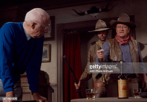 Howard Hawks George Plimpton John Wayne behind the scenes of the making of 'Rio Lobo' for the ABC special 'Plimpton ShootOut at Rio Lobo'