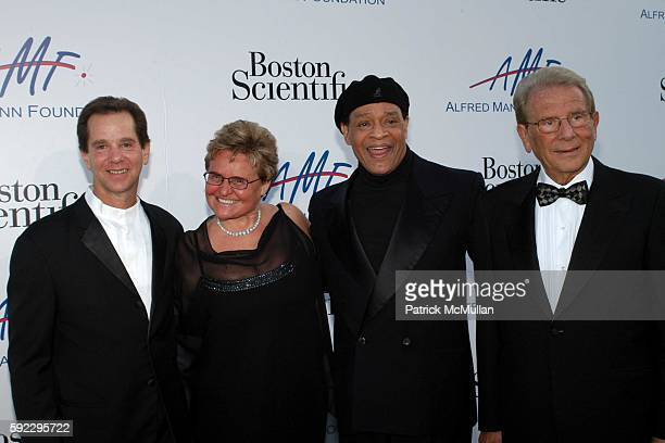 Howard Mann Claude Mann Al Jarreau and Alfred Mann attend The Alfred Mann Foundation's 2nd Annual 'Evening of Innovation Inspiration' Honoring Larry...