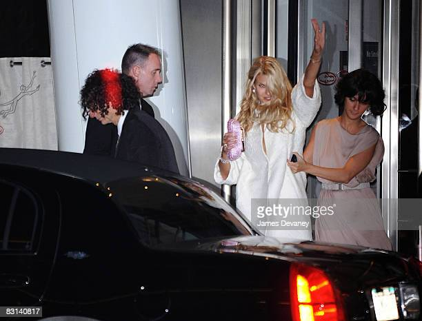 Howard Stern and Beth Ostrosky depart Le Cirque after their wedding on October 3 2008 in New York City