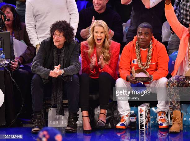 Howard Stern Beth Ostrosky Stern and Tracy Morgan attend the New York Knicks vs Atlanta Hawks game at Madison Square Garden on October 17 2018 in New...