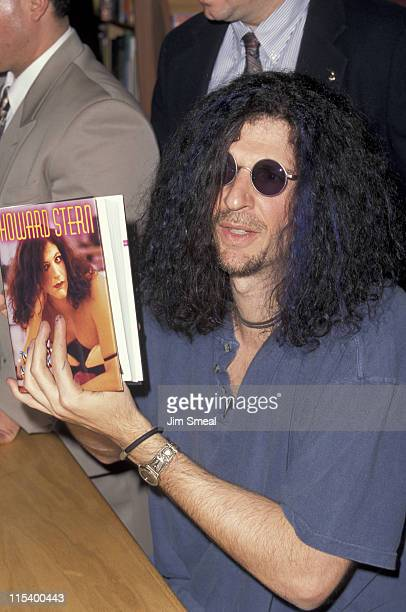 Howard Stern during Howard Stern Signing New Book 'Miss America' Los Angeles at Borders Books and Music in Los Angeles California United States