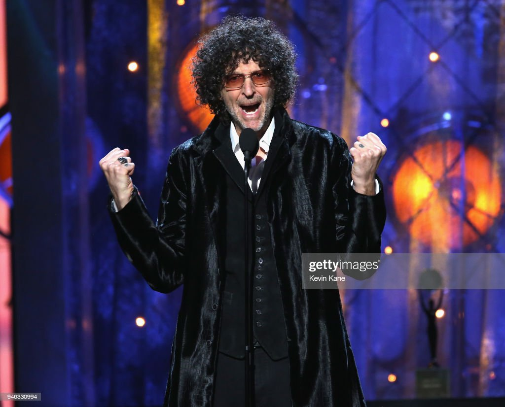 33rd Annual Rock & Roll Hall of Fame Induction Ceremony - Show : News Photo