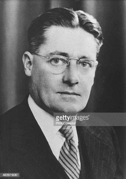 Howard Walter Florey Australian pathologist c1945 For his work on the isolation and purification of the first antibiotic Penicillin Florey shared the...
