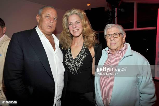 Howard Wolfson Christine Bernstein and Carl Bernstein attend MIRACLE HOUSE 20th Anniversary Memorial Day Summer Kickoff Benefit honoring Amy Chanos...