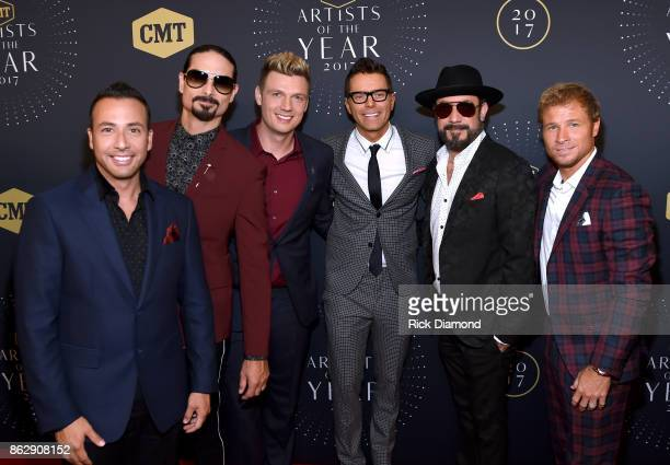 Howie Dorough Kevin Richardson and Nick Carter of the Backstreet Boys TV personality Bobby Bones and AJ McLean and Brian Littrell of the Backstreet...