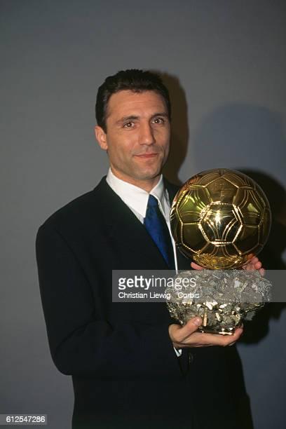 Hristo Stoichko receiving the European Ballon d'Or for the year 1994.
