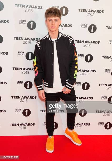 Hrvy attends the BBC Radio 1 Teen Awards on October 21 2018 in London United Kingdom