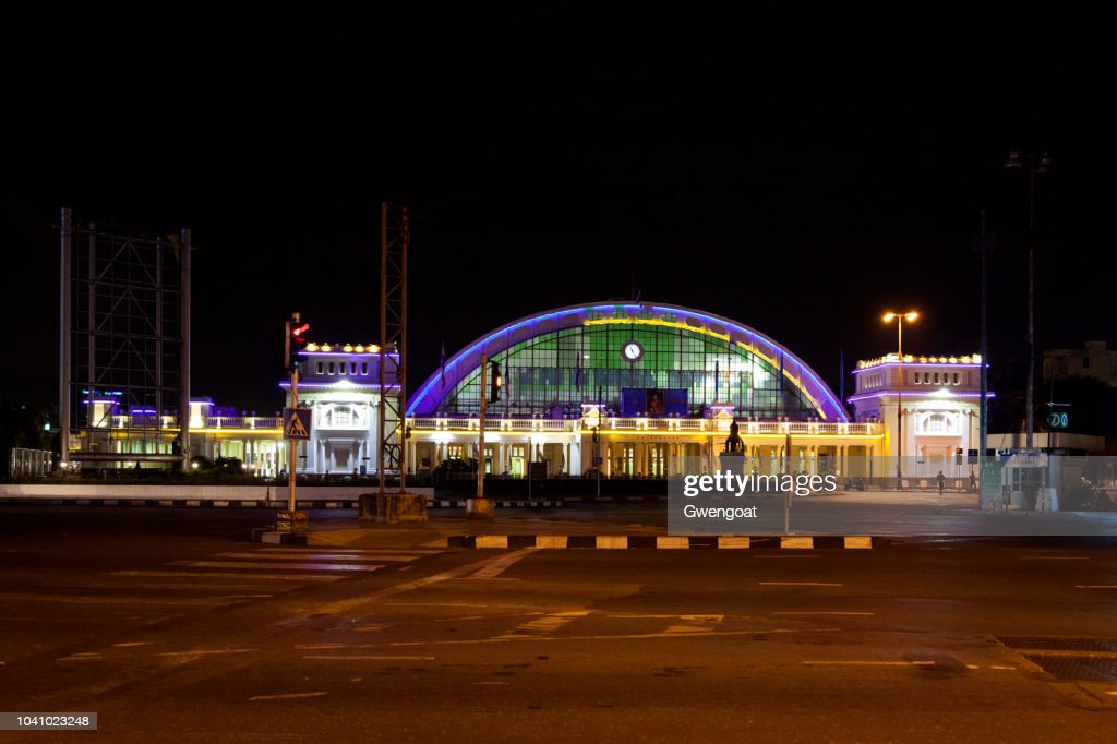 Hua Lamphong Station in Bangkok : Stock Photo