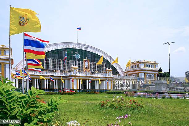 hua lamphong station - gwengoat stock pictures, royalty-free photos & images