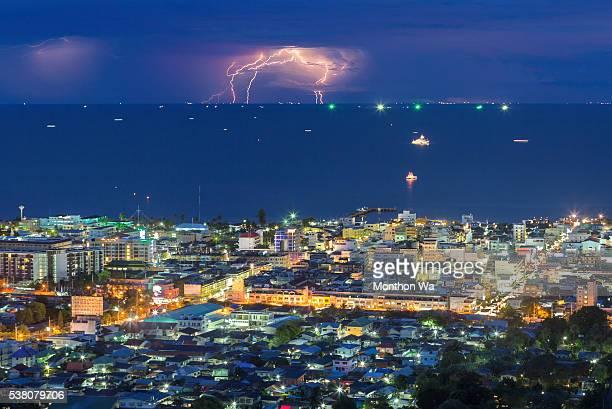 huahin skyline - プラチュアップキリカン県 ストックフォトと画像