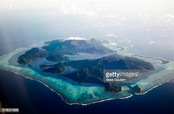huahine, huahine, society islands, french polynesia - タヒチ ストックフォトと画像