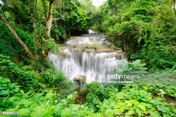 """huay mae kamin """"one of the most famous waterfall in thailand - カンチャナブリ県 ストックフォトと画像"""