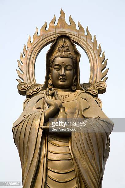 hubei,wuhan,guiyuan buddhist temple, - guanyin bodhisattva foto e immagini stock