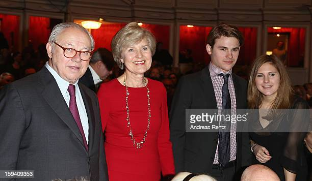 Hubert Burda Friede Springer Jacob Burda and Elisabeth Burda attend the 'GeruechteGeruechte' premiere at Theater am Kurfuerstendamm on January 13...